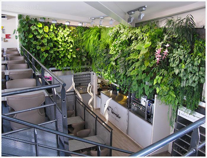 mur vegetal restaurant orleans 700x535