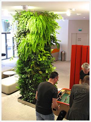 colonne vegetal paris 300x400