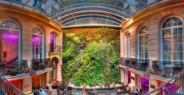 jardin vertical situe au pershing hall
