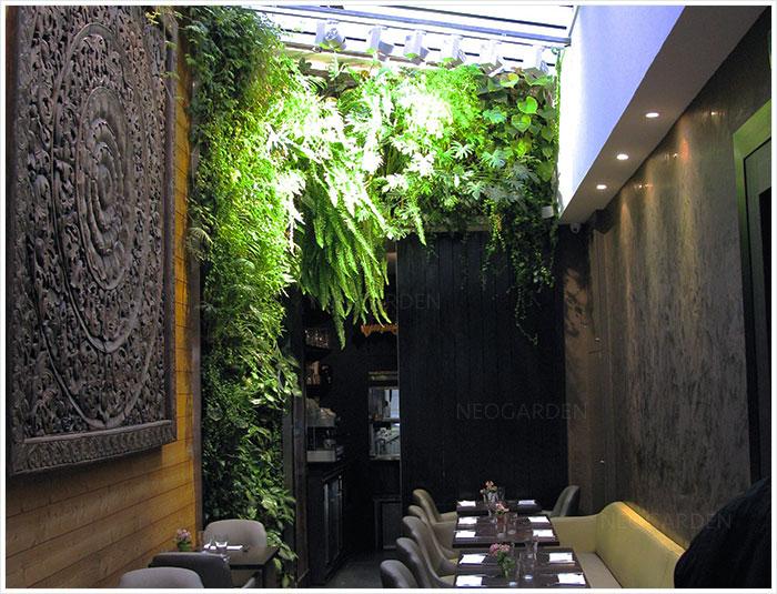 mur vegetal restaurant thailandais 700x535