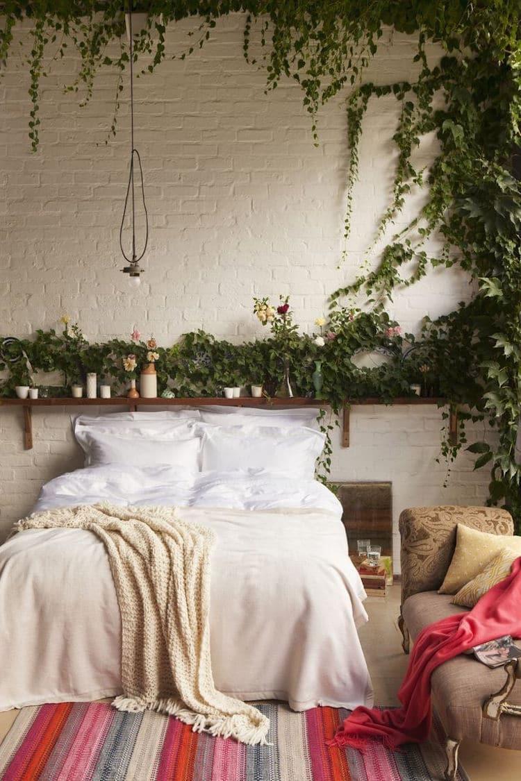 decoration-lit-chambre-plante